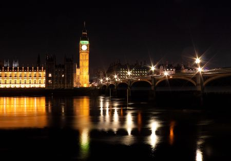 The Big Ben and Westminster Bridge at night with reflections on the river Thames Stock Photo - 6631057