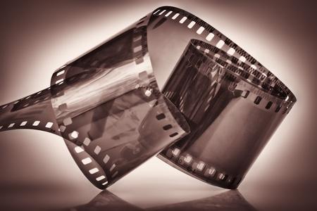 35: pel�cula de 35 mm en un oscuro iluminado espectacularmente depia fondo