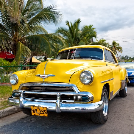 Old american car in Havana Editorial