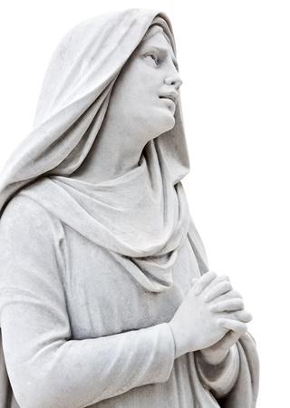 Marmeren beeld van een trieste vrouw bidden geïsoleerd op wit