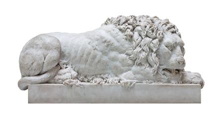autoridad: Antigua estatua de mármol de un león macho aislado en blanco Foto de archivo