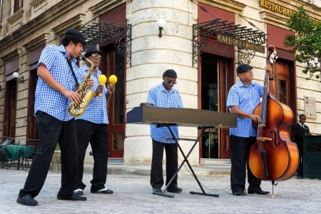 jazz band: Traditional band playing for tourists in Havana Famous through the world,the cuban music is an attraction for more than 2 million people who visit Cuba every year Editorial