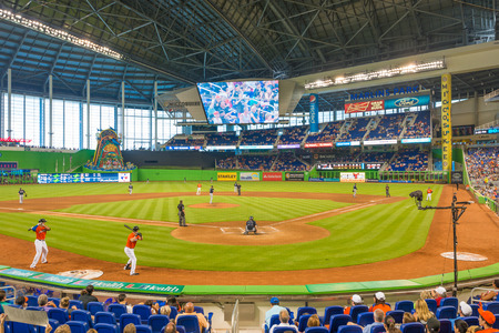 The Miami Marlins play the Atlanta Braves in a game of the Eastern Division of Major League Baseball National League
