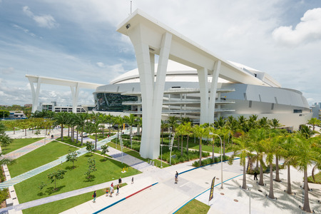 Das Baseballstadion Miami Marlins Hauptligen in Little Havana Standard-Bild - 29058188