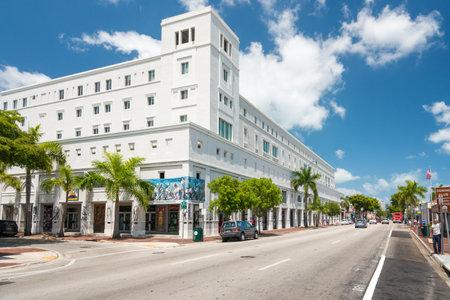 Il centro d'arte Cubaocho a Little Havana, Miami con una vista della città Editoriali