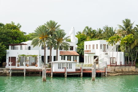 florida house: Luxurious mansion on Star Island in Miami, an artificial island in Biscayne Bay and the home of many rich and famous people