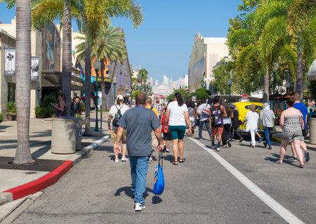 theme park:  Crowd of visitors at  Universal Studios Florida theme park Editorial