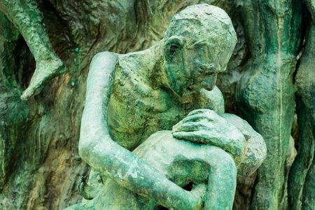 soustředění: Detail památníku obětem holocaustu v Miami Beach