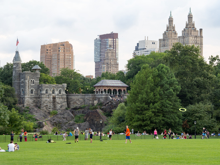 central park: People at Central Park in New York with a view of Belvedere Castle and the Central Park West skyline Editorial