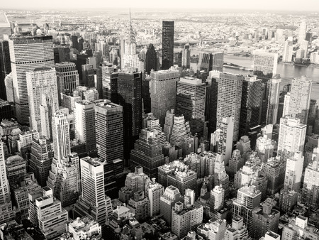 business traveller: Black and white view of New York City including the Chrysler Building and the United Nations