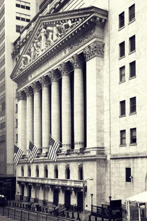 bolsa de valores: La Bolsa de Nueva York en Wall Street en Nueva York