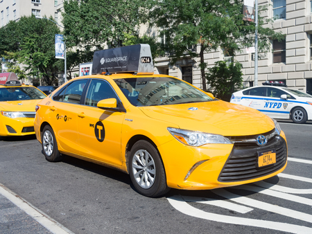5th: Yellow cab at 5th avenue in New York City Editorial