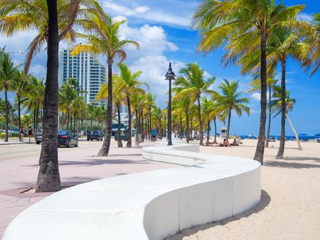 아름 다운 sumer 하루에 플로리다에서 포트 로더 데 일에서 해변 스톡 콘텐츠