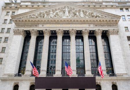 Le bâtiment New York Stock Exchange à Wall Street à New York
