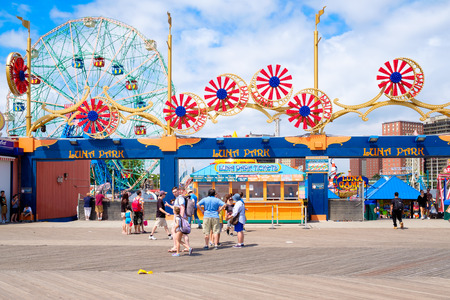 coney: The Luna Park amusement park at Coney Island in New York City