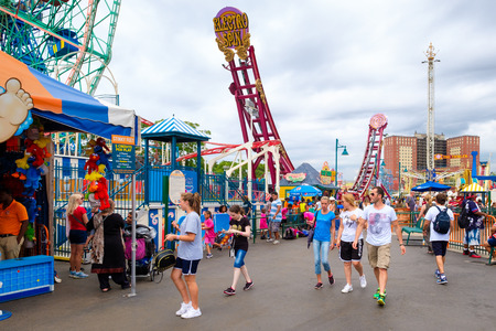 coney: The Luna Park amusement park at Coney Island