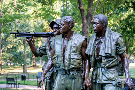 The Three Soldiers statue commemorating the Vietnam War at the National Mall in Washington D.C. 新聞圖片
