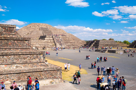 patrimony: Tourists at the Teotihuacan archaeological site near Mexico City