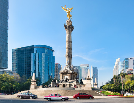 The Angel of Independence at Paseo de la Reforma, a worlwide known symbol of Mexico City