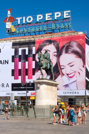 Puerta del Sol, the busisest and most famous square of Madrid Editorial