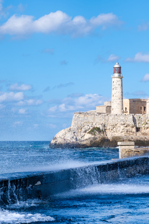El Morro fortress in the bay of Havana during a hurricane 스톡 콘텐츠 - 114951827
