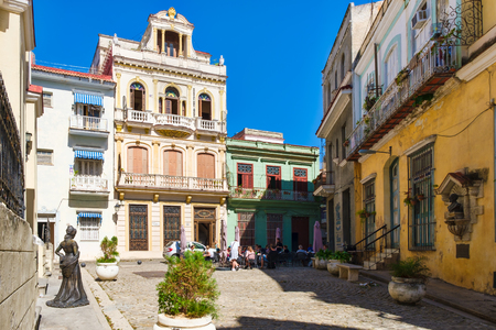 The beautiful Square of the Angel in colonial Old Havana Редакционное