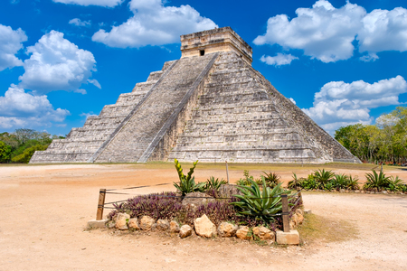 The pyramid of Kukulkan at the ancient mayan city of Chichen Itza in Mexico