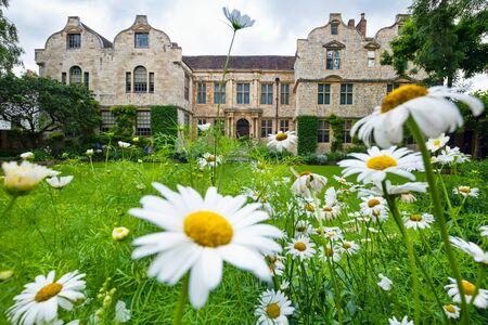 La maison médiévale du trésorier dans la ville anglaise de York Banque d'images
