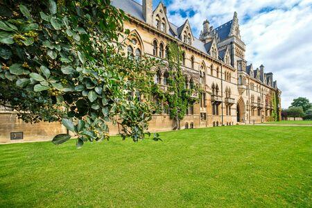 El Christ Church College de la Universidad de Oxford en el Reino Unido Foto de archivo