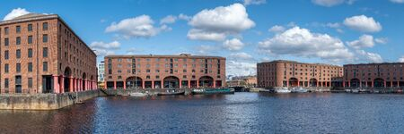 The historic Royal Albert Dock in Liverpool Standard-Bild