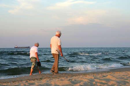 stroll: mature couple stroll