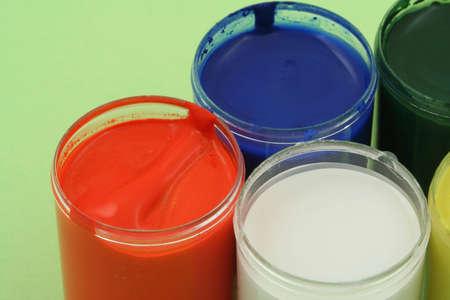 # 3 potes de pintura Foto de archivo - 486957