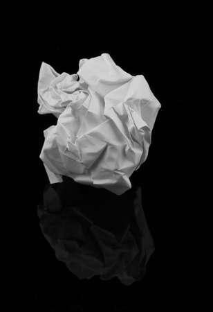 zerknittertes Papier Ball