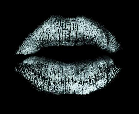 beso labios: Pie de imprenta labios blancos aislados sobre fondo negro