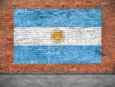 Vlag van Argentinië geschilderd op oude bakstenen muur