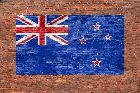 Vlag van Nieuw-Zeland geschilderd op oude bakstenen muur Stockfoto - 50650748