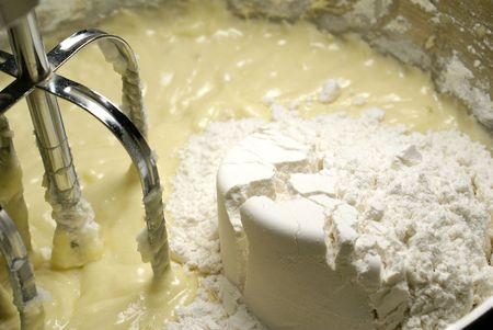 licuadora: mezclar una taza de harina en el batter con los batidores