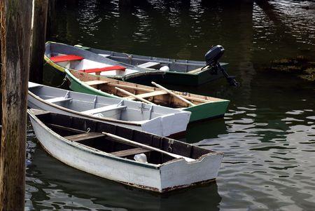 ドックに小さな行ボート