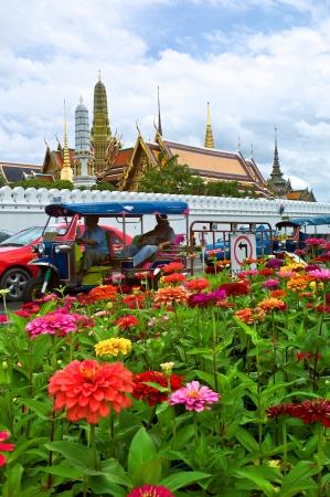 tuk tuk: Tuk tuk in front of Grand Palace, Bangkok, Thailand Stock Photo