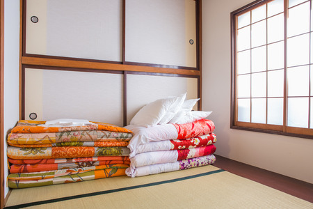 futon: Traditional Japanese style bedroom with stroe bed