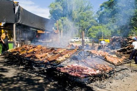 uruguay: TACUAREMBO, URUGUAY - MAR 7  2009 :  barbecue in the annual festival Patria Gaucha