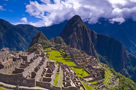 peru architecture: View of the archeological site of Machu Pichu Stock Photo