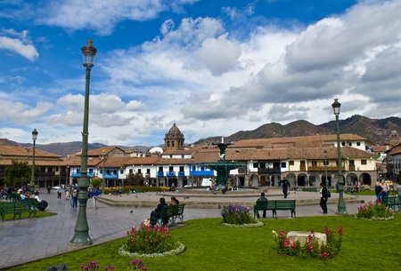 plaza de armas: The  Plaza de Armas in Cusco , Peru - the photo was taken in May 26 2011  Editorial