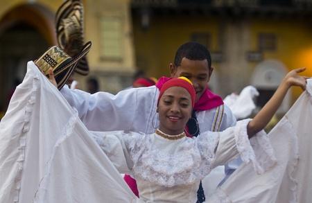Cartagena de Indias, Colombie - Décembre 22: Danseuse à la célébration de la présentation du symbole de la ville nouvelle qui s'est tenue à Cartagena de Indias le 22 Décembre 2010 Banque d'images - 10591979