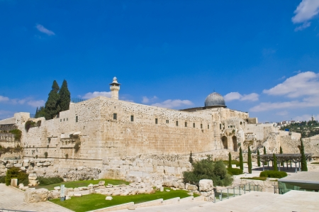 temple mount: the old city of jerusalem in israel