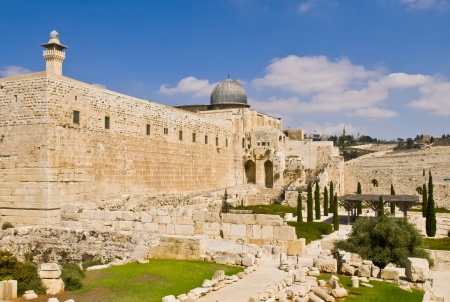 holy land: the old city of jerusalem in israel