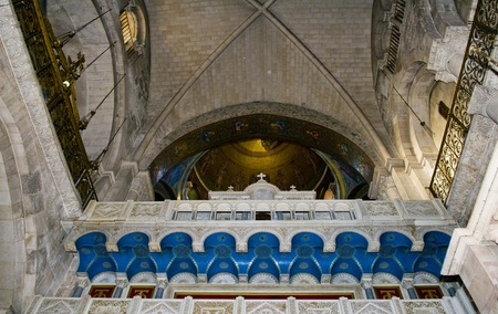 sepulcher: Interior of the church of the Holy sepulcher in Jerusalem , Israel