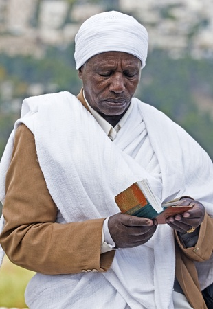 exprassion: JERUSALEM - NOV 24 : Ethiopian jew prays during the