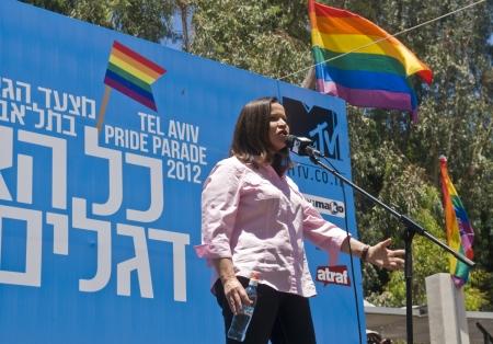 TEL AVIV , ISRAEL - JUNE 08  : Israeli Opposition leader Shelly Yachimovich makes aspeech during the opening of the annual Gay pride in Tel Aviv on June 08 2012  Stock Photo - 14140931