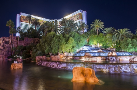 LAS VEGAS - NOVEMBER 08: Mirage hotel and casino on November 08, 2012 in Las Vegas. Las Vegas in 2012 is projected to break the all-time visitor volume record of 39-plus million visitors  Stock Photo - 17003729